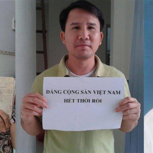 Amnesty International lo ngại sức khỏe của ba nhà hoạt động Việt Nam trong tình trạng biệt giam. Từ trái qua phải Ông Trương Minh Đức, Phạm Văn Trội và Nguyễn Trung Tôn