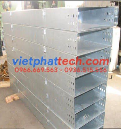 Sản xuất máng cáp 400x200 sơn tĩnh điện