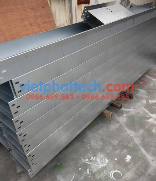 Sản xuất thang máng cáp tráng kẽm điện phân số 1 3