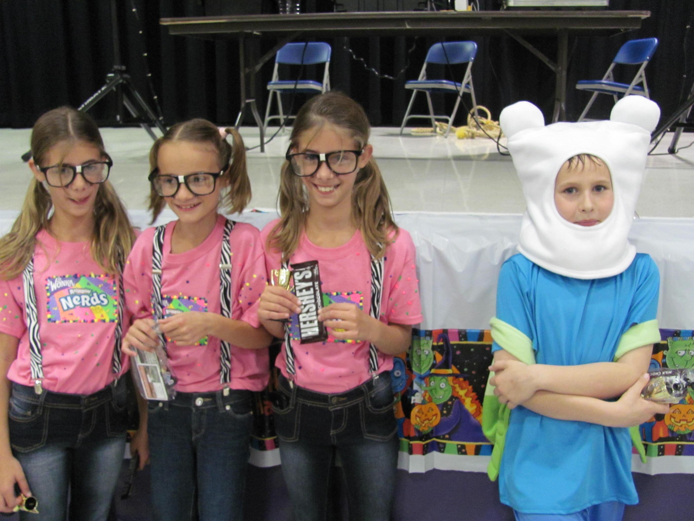 Steinhauer Students Dress Up For Halloween Dance