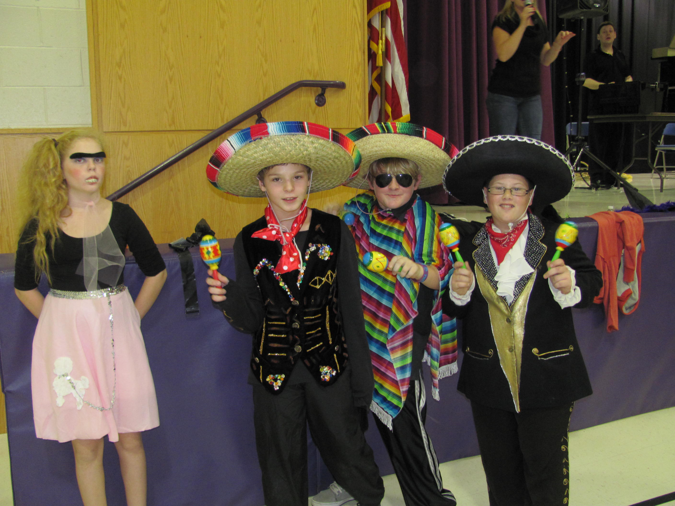 Steinhauer Students Dress Up For Halloween Dance