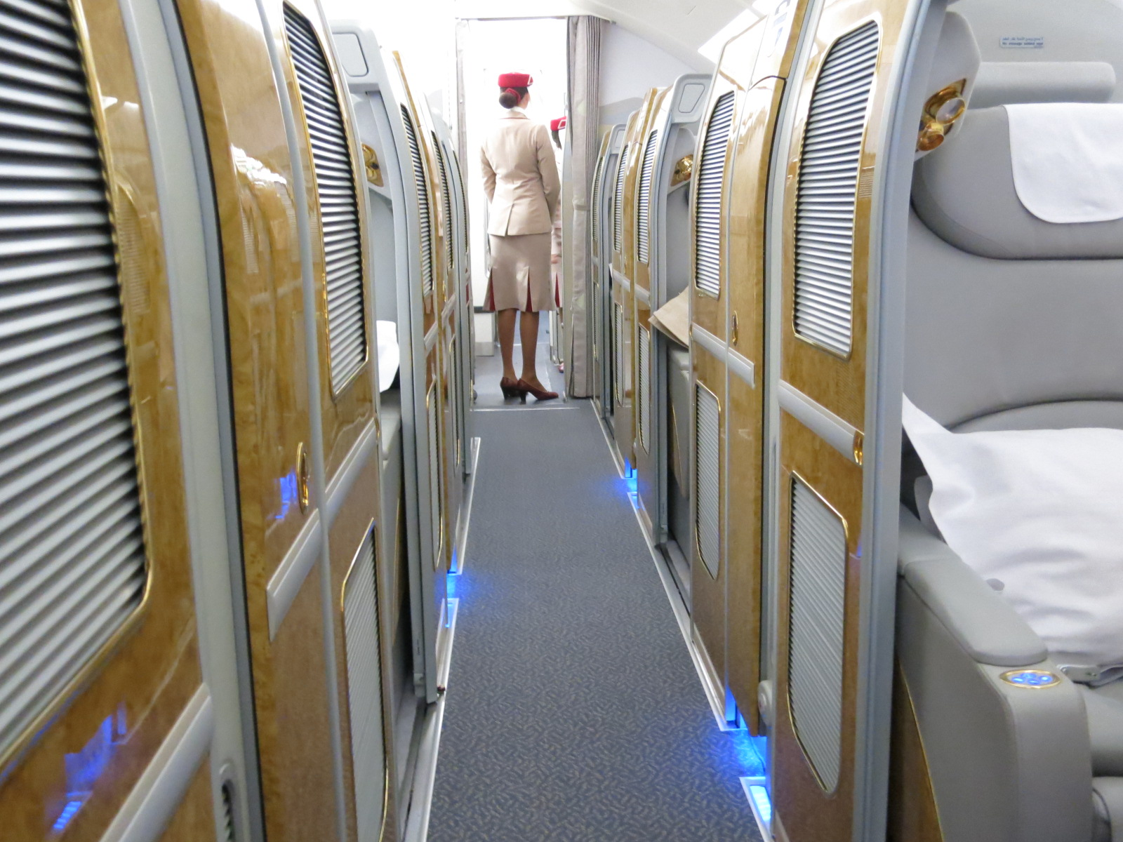 It S Back Alaska Airlines Miles Are Great For Emirates