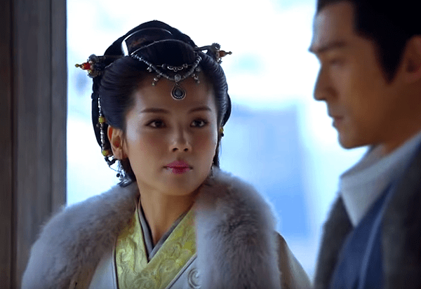 Princess Nihuang questioning Mei Changsu's true identity