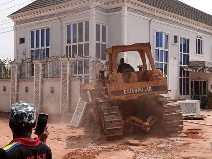 Edo govt. demolishes Kabaka's hotel