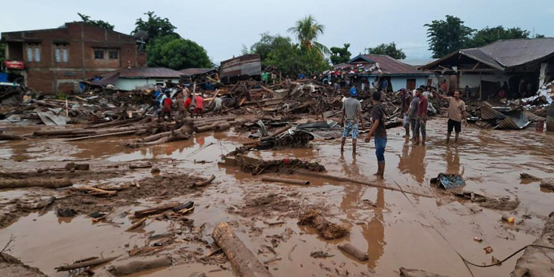 Cyclone Seroja causes 'widespread damage' in Australia towns