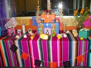 Día de Muertos celebrations continue with COVID-19 safety practices
