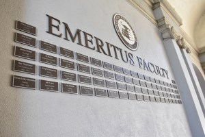 Emeritus Wall honors past Riverside City College faculty