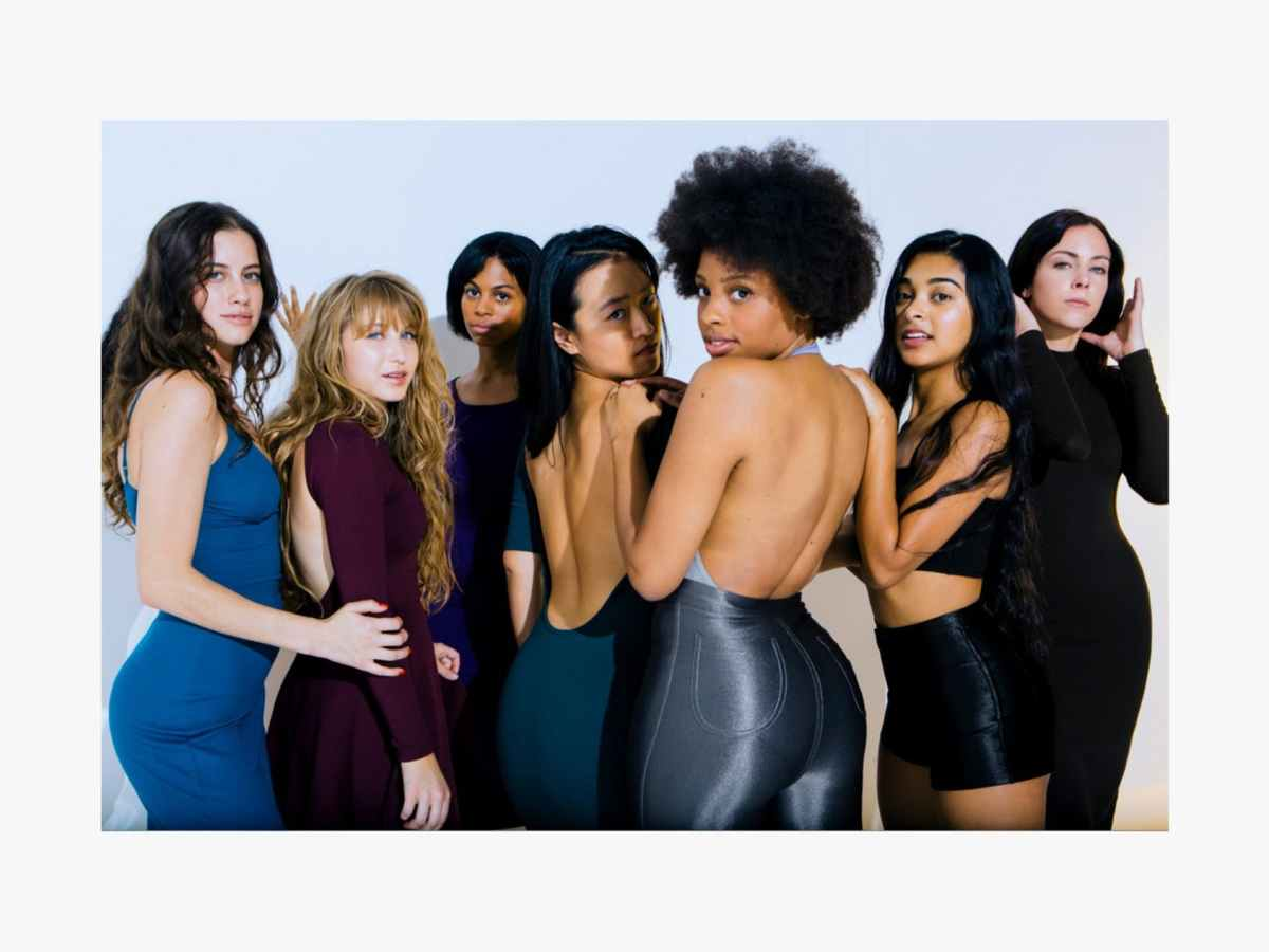 1524635539488406-american-apparel-re-launches-with-back-to-basics-campaign-19