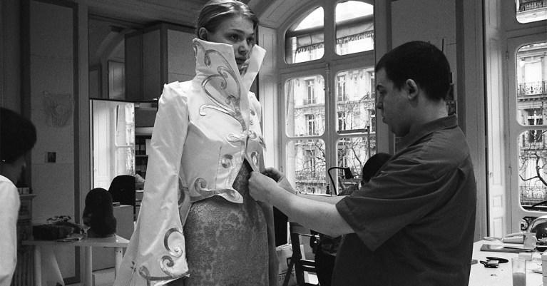 Alexander McQueen Sarabande Fondation cours mode gratuits