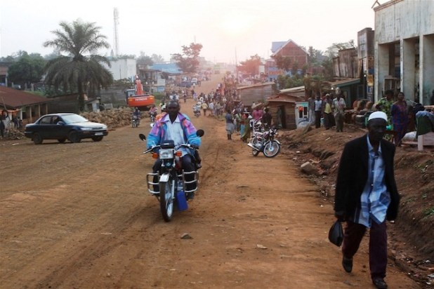 The main road in Beni, eastern DRC. (Photo by Jessica Hatcher/IRIN)