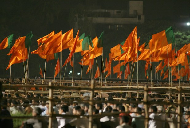 Party flags of Bharatiya Janta Party (BJP) and Shiv Sena on display at a BJP rally in the western Indian city of Mumbai. (Photo by Al Jazeera, English, Creative Commons License)