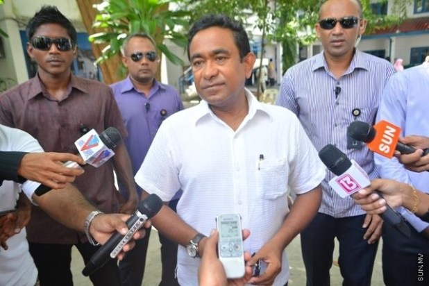 President Yameen talking to reporters in Maldives capital Male following his party's victory in the parliamentary elections.(Photo by Fayaz Moosa via sun.mv)