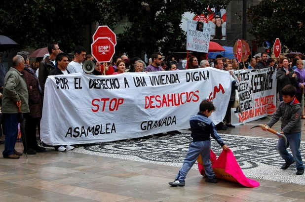 Protest again foreclosures in Granada. (Photo by Patrick Colgan, Creative Commons License)