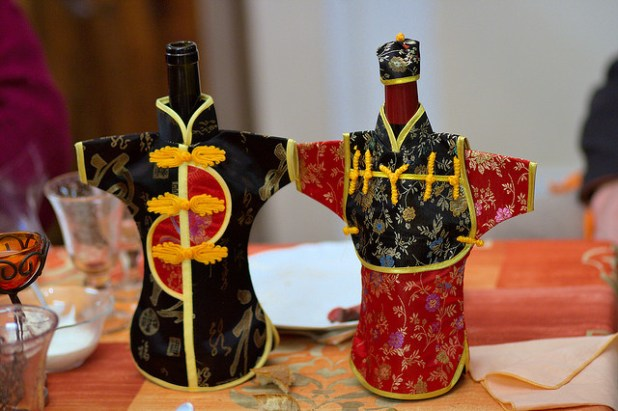Chinese decoration for bottles. (Photo by François, Creative Commons License)