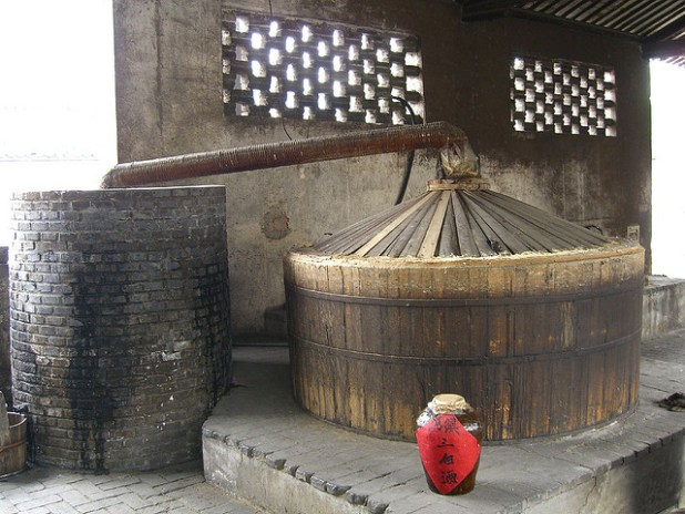 Traditional method of making rice wine. (Photo by jenpebble, Creative Commons License)