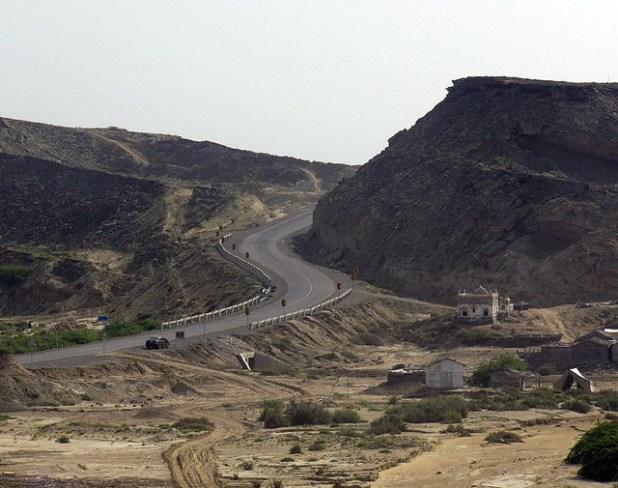 Gawadar Coastal Highway. (Photo by Murtaza Imran Ali, Creative Commons License)