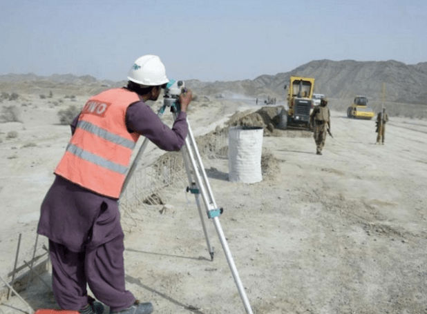 An engineer of Pakistan's Frontier Works Organization at the road construction site in Pakistan's Balochistan province. The road is part of China Pakistan Economic Corridor. (Photo via APP)