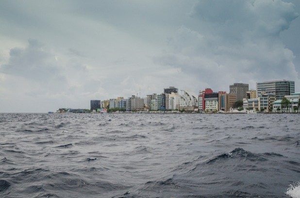 Rising sea levels will adversely impact countries like Maldives which face an existential threat from climate change. (Photo by Ashwin Kumar, Creative Commons License)