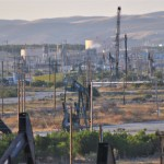The San Ardo Oil Field in California from the Coast Starlight. (Photo by Loco Steve, Creative Commons License)