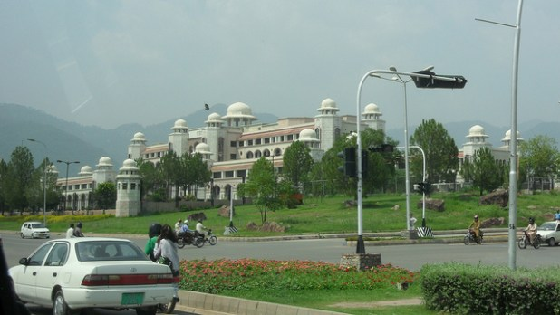 Prime Minister's secretariat in Islamabad. (Photo by Andrew Wiseman, CC license)