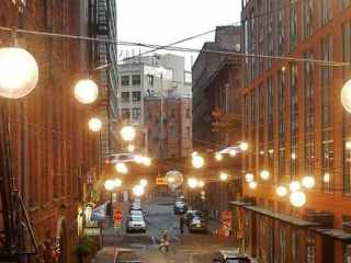 Light up the laneways