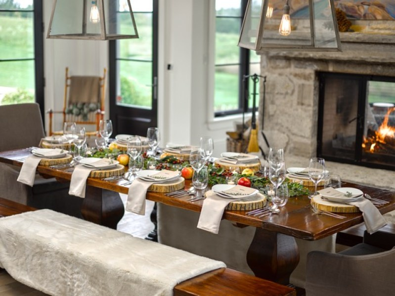 Holiday Hosting and Table Settings - Sebastien Centner of Eatertainment | View the VIBE Toronto