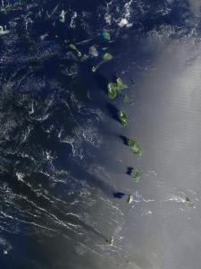 lesser antilles island chain