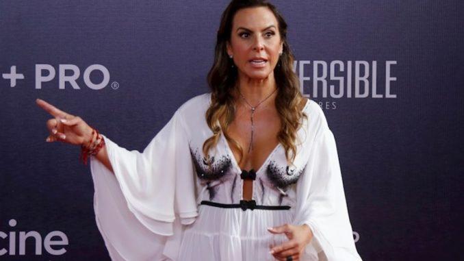 Kate del Castillo dice hará producción como homenaje a los corridos de su padre