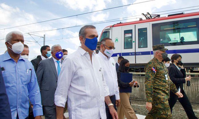 Luis Abinader anuncia que el Metro será ampliado; iniciará el teleférico de Los Alcarrizos