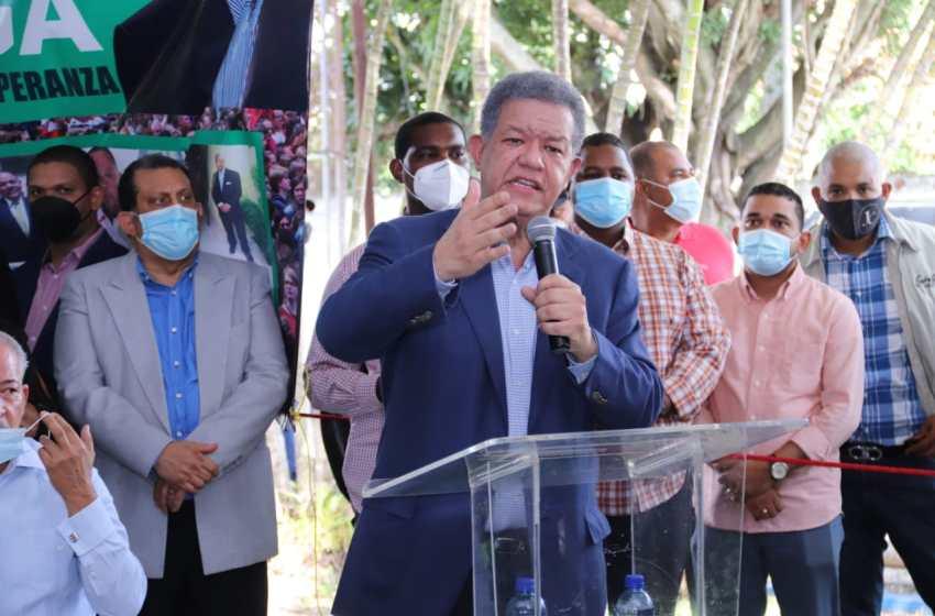 """Leonel Fernández dice """"FP se posiciona como primer partido de oposición"""""""