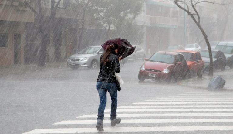 La ONAMET pronostica algunas lluvias dispersas hacia las localidades del este, centro del país y la zona fronteriza.