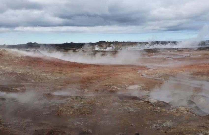 Científicos España ensayan en Islandia estrategias para buscar vida en Marte