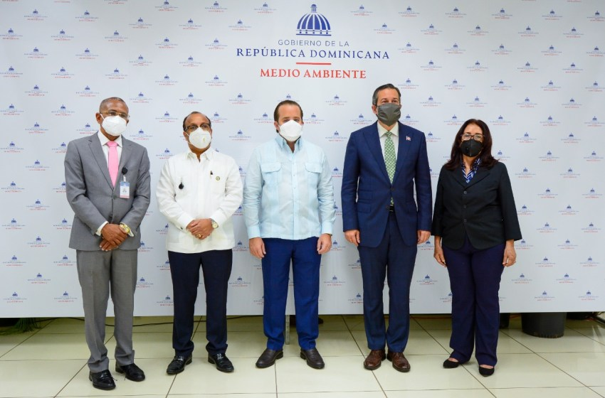 Traspasan Unidad Técnica Ejecutora de Proyectos de Desarrollo Agroforestal al Ministerio de Medio Ambiente