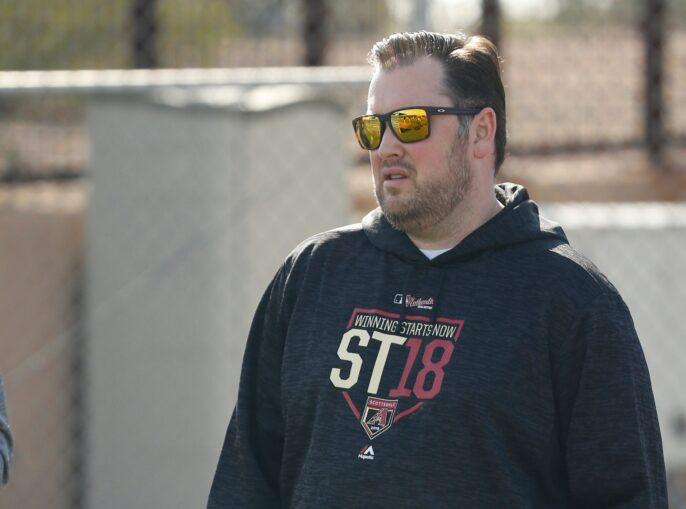 Mets despiden al gerente por enviar mensajes 'porno'