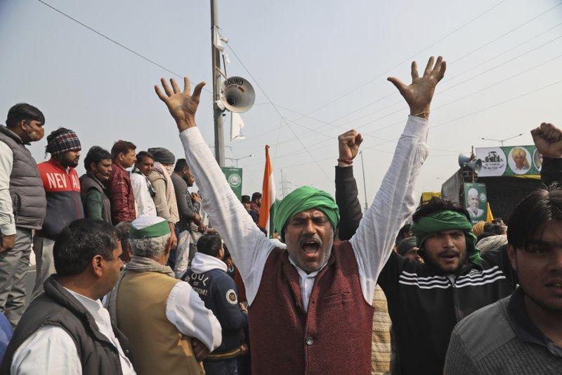 Agricultores indios inician una huelga de hambre de un día