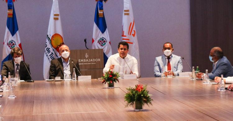 Gabinete de Turismo asegura que República Dominicana está preparada para hacer pruebas a todos sus turistas