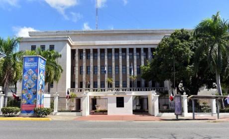 Ministerio de Educación emite contundente respuesta a Diario Libre sobre Procesos de Licitaciones.