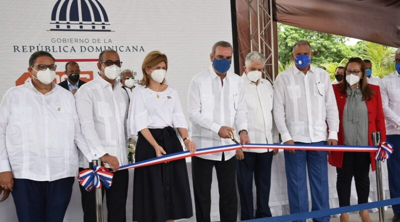 El presidente Abinader inaugura obras por un monto superior a los RD$711 millones en 3 provincias del Cibao