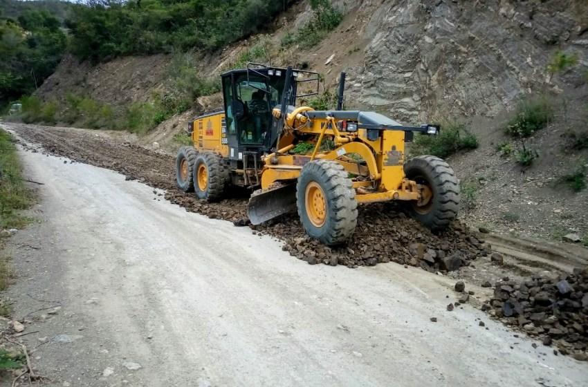 Obras Públicas mejora 12 kilómetros de vías en Rancho Arriba
