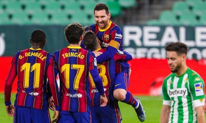 El Barcelona remonta con la entrada de Messi