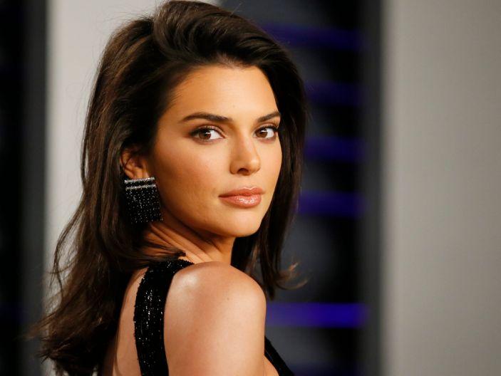 Kendall Jenner viene con el lanzamiento de su marca de tequila