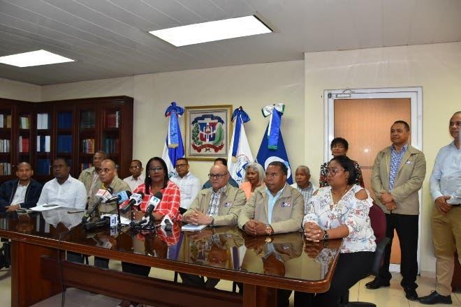 ADP reclama pago a magisterio nacional