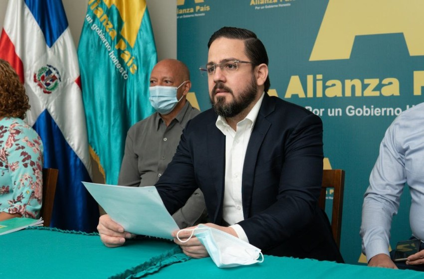 Alianza País plantea socializar cuanto antes Plan de Vacunación COVID-19″.