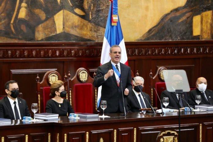 Presidente anuncia construcción de más de 102 obras y proyectos de inversión
