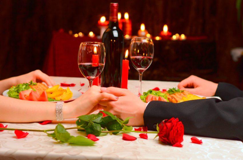Cena íntima para celebrar el amor