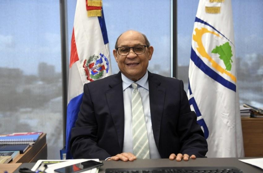 Santos Badía proclama presidente Abinader traza construcción de una nueva República