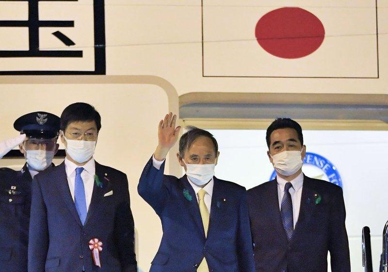 Premier japonés viaja a Washington para reunión con Biden
