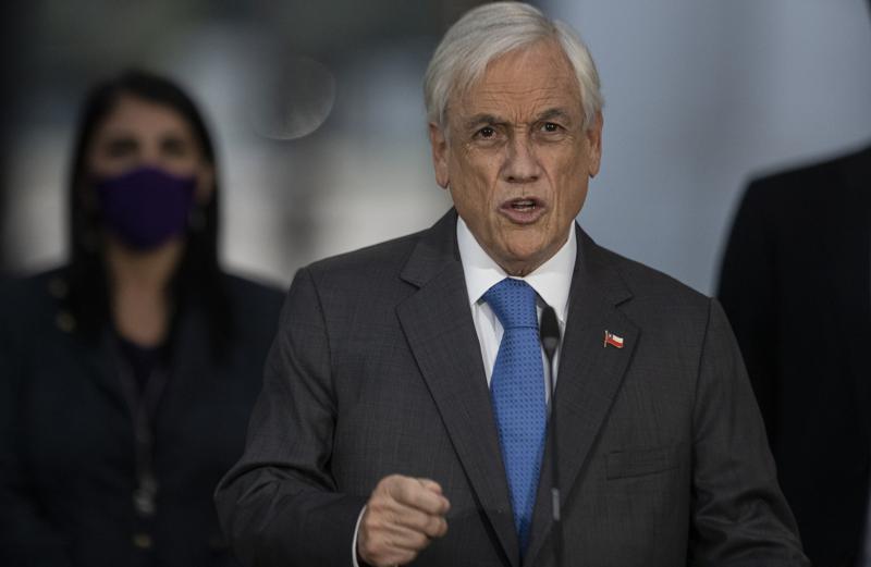 Presidente chileno permite tercer retiro de pensiones