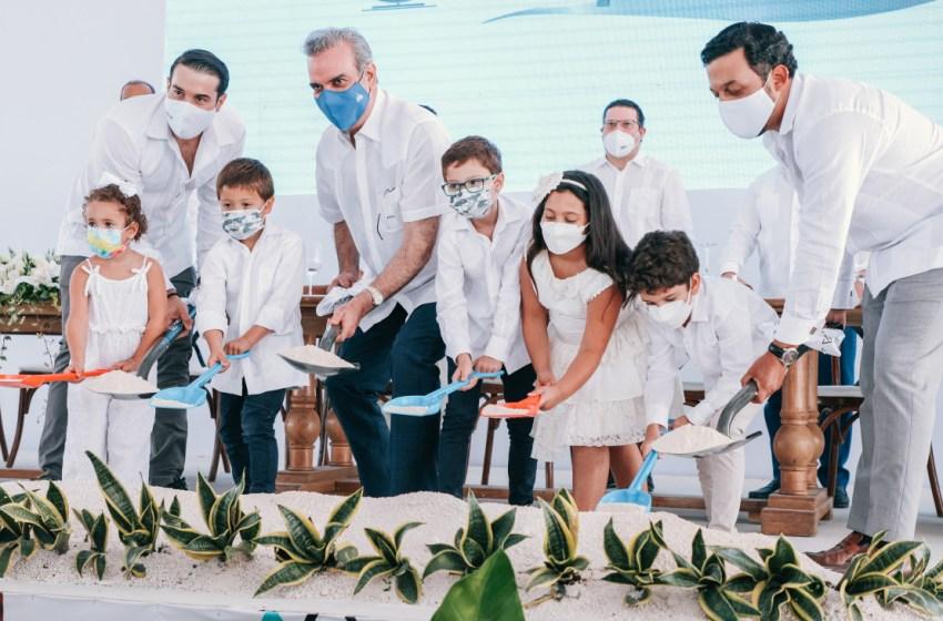 Presidente Abinader participa en el inicio del proyecto inmobiliario Panorama Lake que generará más empleos en Punta Cana