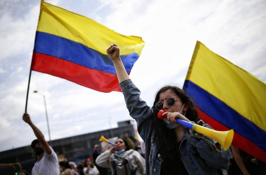 Presidente colombiano se reunirá este lunes con el Comité Nacional del Paro